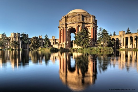 R2D2 - or the Palace of Fine Arts
