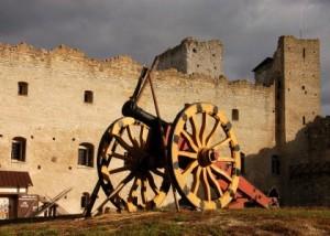 Estonia: Rakvere – The medieval Castle and open air Museum
